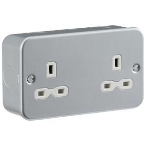 Metal Clad 13A 2G Unswitched Socket-MR9000U-Knightsbridge