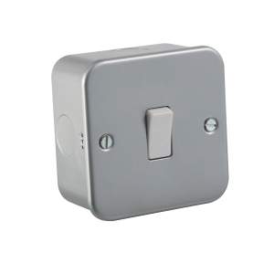 Metal Clad 10A 1G 2 WAY SWITCH - ML accessories